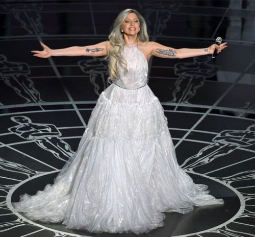 lady-gaga-oscar-performance_0